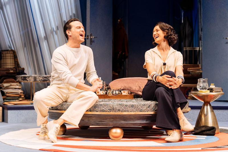 Andrew Scott as Garry Essendine and Indira Varma as Liz (c) Manuel Harlan